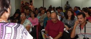 Centenares de venezolanos se anotan en el nuevo modelo comunicacional inclusivo