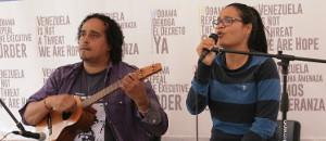 """Cantautora Ana Cecilia Loyo: """"Pido al pueblo que deje el miedo y firme por Venezuela"""""""