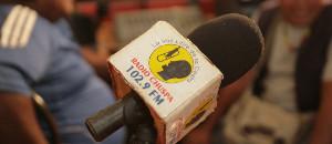 Radio Chuspa retoma su señal para fomentar la cultura varguense