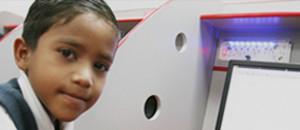 Caciquitos enseña a usar tecnologías libres a niños