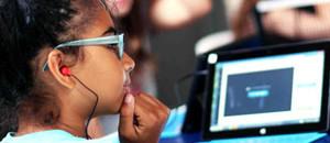 Niños aprenden a programar desde la escuela