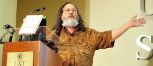 Stallman: Migrar a Software Libre es proteger tu soberanía