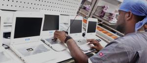 Gobierno incrementará entrega de computadoras