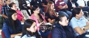 Habitantes de San Cristóbal se conciencian sobre uso de redes sociales