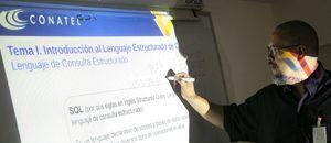 Conatel capacita a profesionales y estudiantes en lenguaje SQL