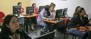 Impulso a la educación en informática, otra ventaja del Software Libre